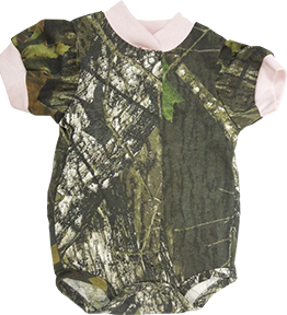 Easy On S/S Mossy Oak w/Pink Trim 3-6 Months Onesie
